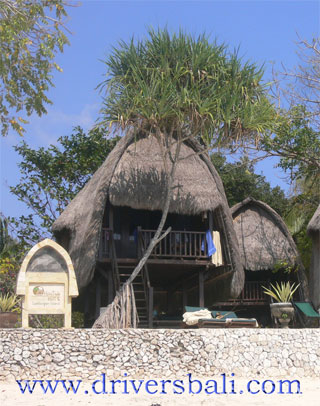 hut at lembongan island